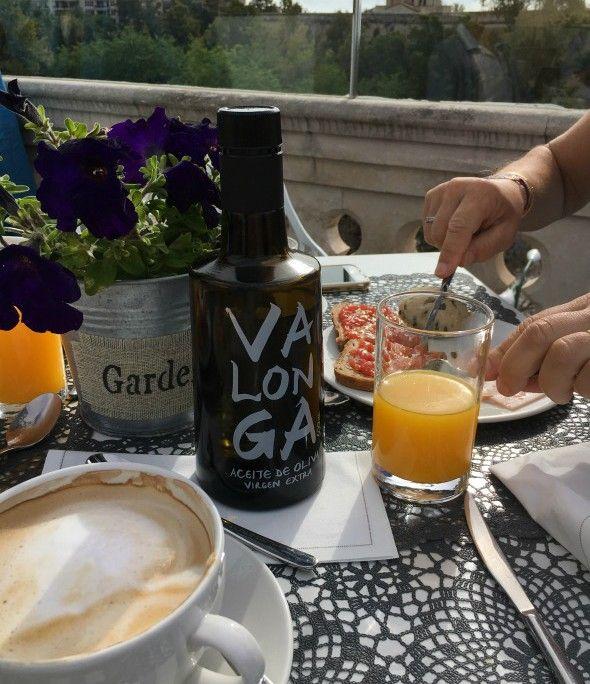 desayuno en el sky bar
